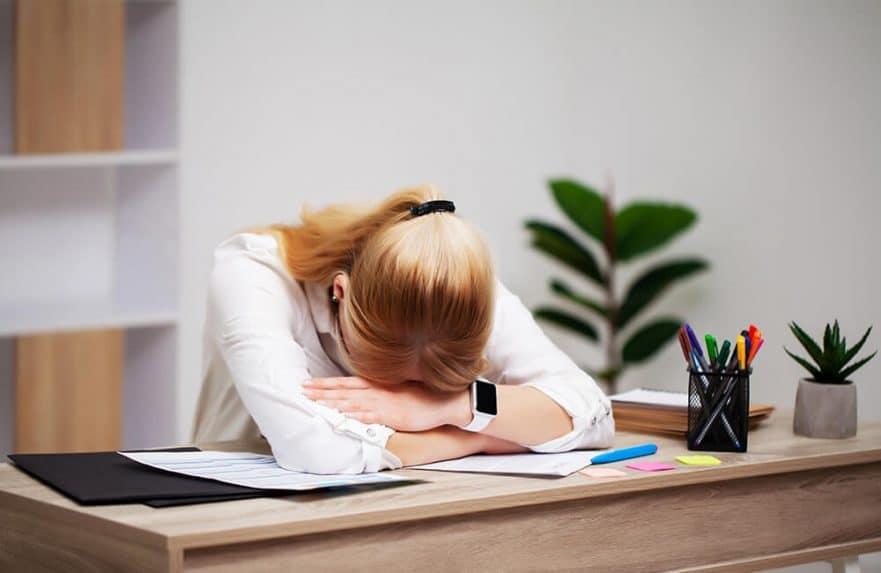 Kurang Tidur serta Hubungannya dengan Tekanan Darah dan Mikrobiota Pencernaan